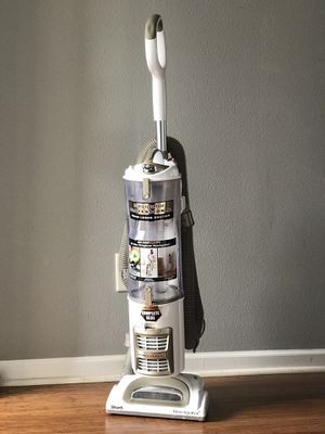 Shark navigator professional vacuum. Better than dyson for Sale in Fort Mill, SC