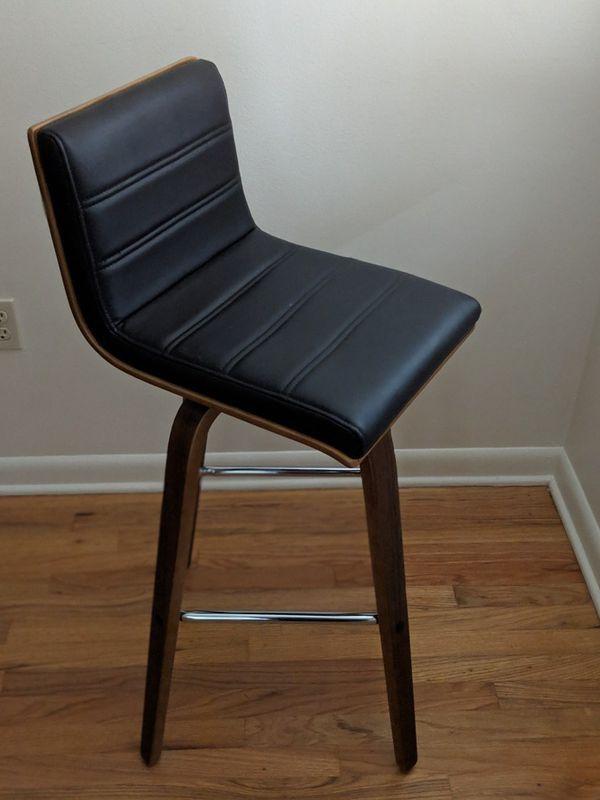 Hight top stool