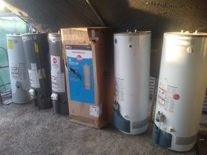 Water HEATERS 30s 40s and 50s gallons (75 gallons) for Sale in Pomona, CA