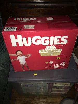 Huggies size 4 140 count for Sale in La Plata, MD
