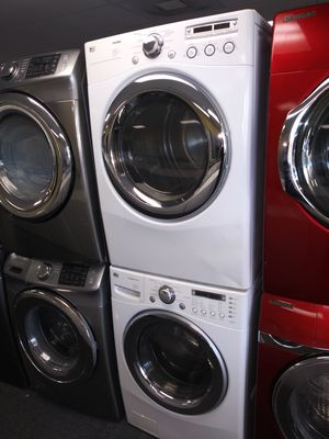 LG electric front load set washer and dryer in exellent condition for Sale in Laurel, MD
