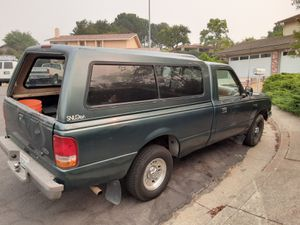 1995 ford ranger xlt auto cold air campershell included for Sale in Livermore, CA