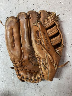 Wilson A2002 XLO Baseball Glove for Sale in FL, US
