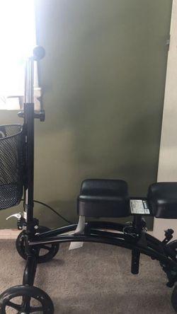 Knee Scooter for Sale in Yakima,  WA