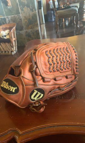 Wilson A2000 baseball glove $125 for Sale in La Puente, CA