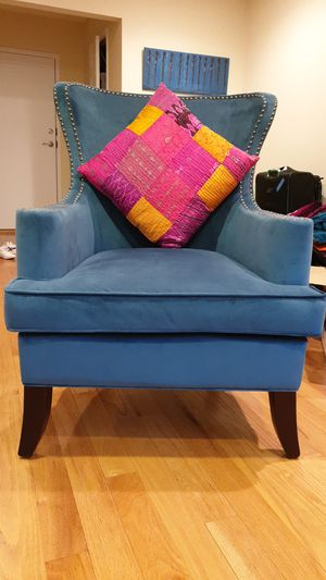 Blue accent chair for Sale in Washington, DC