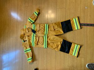 Firefighter kids costume for Sale in Inglewood, CA