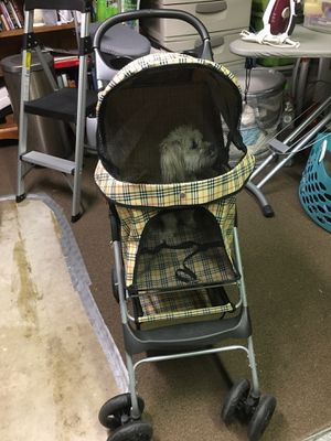Dog stroller for Sale in Irwindale, CA