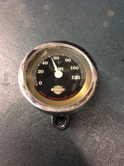 HARLEY DAVIDSON AMBIENT AIR TEMP GAUGE  for Sale in Joliet, IL