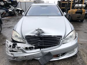 Mercedes S550 2007 parting out for Sale in Paterson, NJ