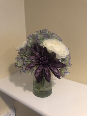 Flower vase for Sale in Avon, MA