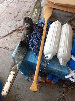 O'BRIEN water ski m 2 buoys with 1 paddle. for Sale in Waco,  TX