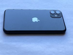 iPhone 11 T-mobile for Sale in St. Louis, MO