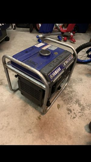 YAMAHA EF2800i PORTABLE INVERTER GENERATOR 2800 WATTS. Good condition for Sale in Columbus, OH
