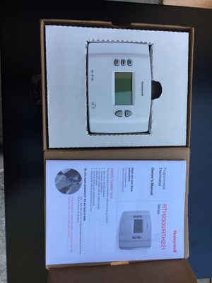Honeywell programmable thermostat for Sale in Riverside, CA