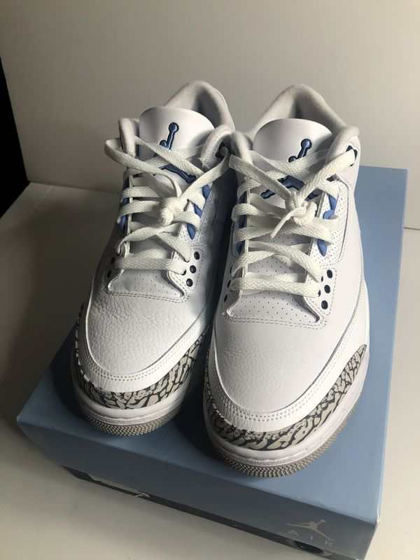 Nike air Jordan 3 unc size 8 lightly used