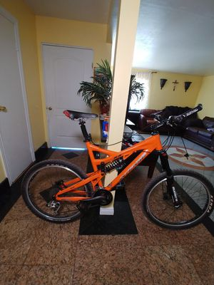 Intense 6.6 Full suspension Mountain Bike for Sale in Las Vegas, NV