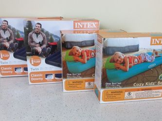 Intex Air Mattresses/Guest Beds for Sale in New York,  NY