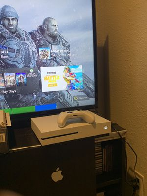 Xbox one s 1tb for Sale in Oceanside, CA