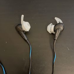 Bose Noise Cancelling Earphones for Sale in Lansdowne,  PA