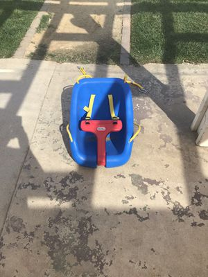 Little tikes baby swing for Sale in Riverside, CA