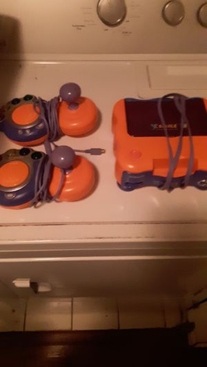 V-tech with 2 controllers and 7games for Sale in Virginia Beach, VA