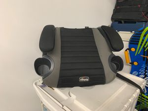 Chico go fit backless booster seat good condition for Sale in Waterbury, CT