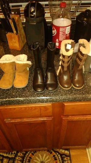 Girls boots for toddlers for Sale in North Chesterfield, VA