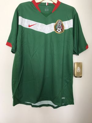 Mexico National Official Player's Soccer Jersey Nike Brand Size Large New for Sale in Reedley, CA