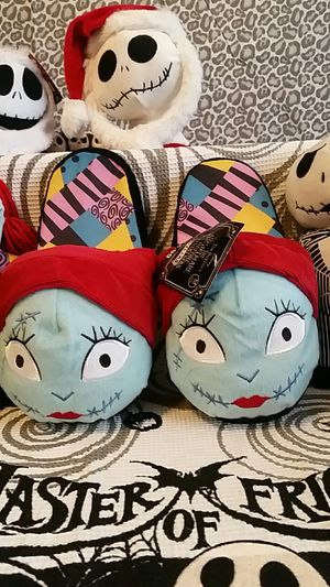 The Nightmare Before Christmas Collectible 25 Years Sally Plush Slippers (Size: Adult Medium). for Sale in Round Rock, TX