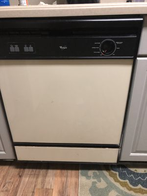Whirlpool dishwasher off white for Sale in Bowie, MD