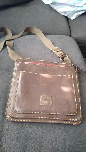 Dooney and Bourke small messenger bag for Sale in Turlock, CA