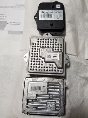 2014 to 2018 jeep grand cherokee Left Headlight Ballast 3 in total for Sale in Gurnee, IL