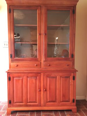 Maple Dining Room Set: Hutch, Table, Two Extension Leaves, 6 Chairs for Sale in Browns Mills, NJ