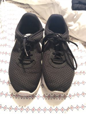Women Nike's for Sale in Bend, OR