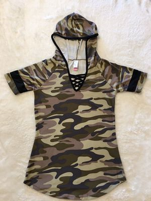 Camo t-shirt with hoodie for Sale in Murfreesboro, TN