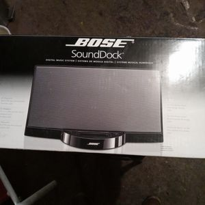 Bose Sound Dock for Sale in Castro Valley, CA