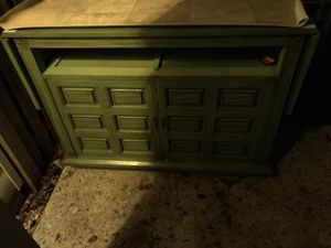 A dresser. for Sale in Rockville, MD