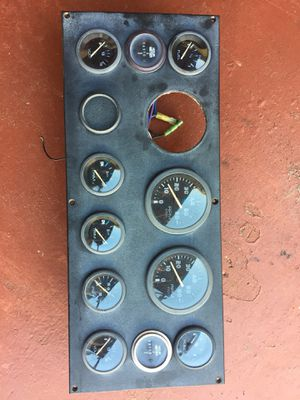 Gauges panel for dual outboard. Panel con relojes para dos fuera de borda. for Sale in Hialeah, FL