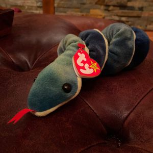 Hissy Beanie Baby for Sale in Gig Harbor, WA