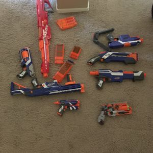 8 Nerf Guns: (AMMO AND ATTACHMENTS INCLUDED) for Sale in Phoenix, AZ