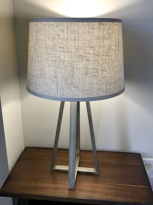 Beautiful table lamp from Target's Threshold Series for Sale in Washington, DC