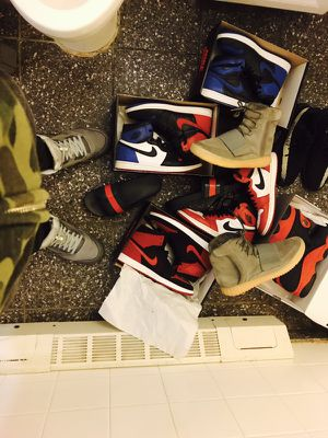 160 -2017 gucci slides size 11 (the better pair 😂) 250- top 3 jordan 1s size 11 260 -Chicago jordan 1s size 12 240 flyknit bred 1s size 9 an 11 DS 23 for Sale in New York, NY