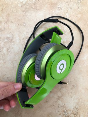 Beats by dr dre Wired on ear solo HD headphones for Sale in El Monte, CA