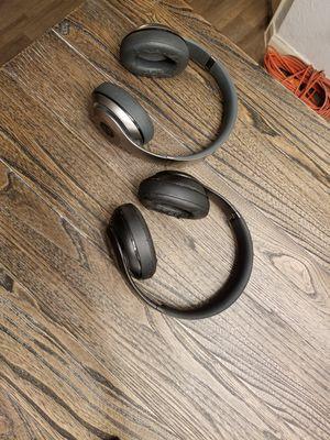 2 Beats studio 3 wireless headphones for Sale in Dallas, TX