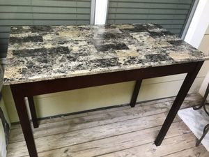 High-top breakfast table without the chairs for Sale in Rockville, MD