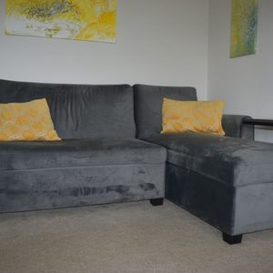 Reversible Sleeper Sectional for Sale in University Place, WA