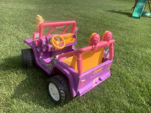 Dora the Explorer power Wheels Jeep for Sale in Columbia, MO