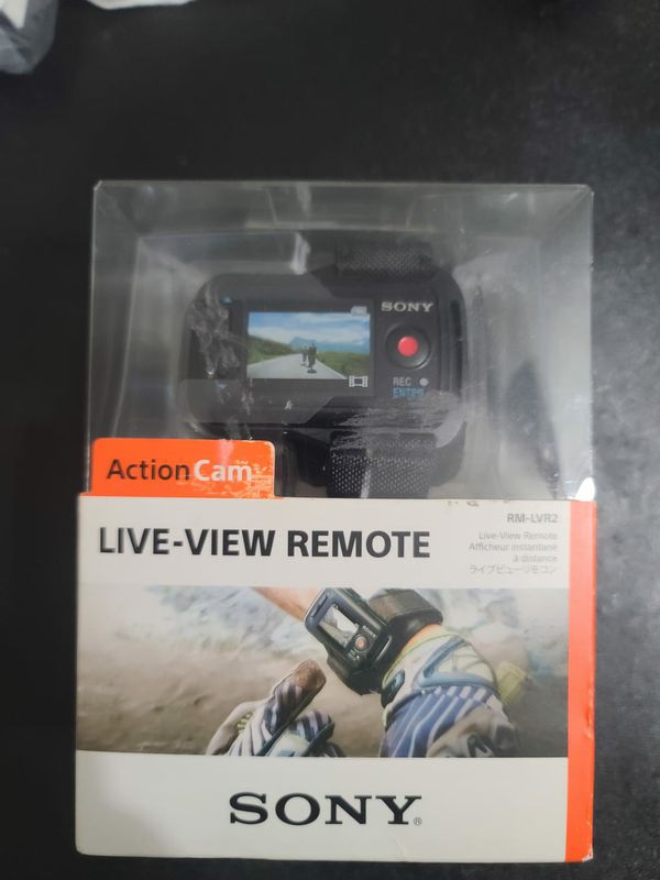 NEW Sony HDR-AS200V Action Cam + Live View Remote Kit + Underwater