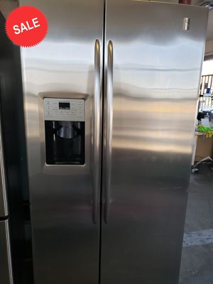 💎💎💎Side by Side GE Refrigerator Fridge Works Perfect #1419💎💎💎 for Sale in Riverside, CA